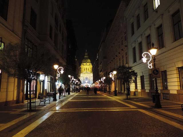 Merry Christmas: Budapest, Hungary