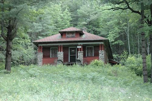 Sears roebuck kit house at farm santanoni preserve in for Farmhouse kit homes