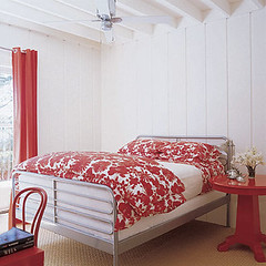 red/white bedroom | by kimhaseightcats