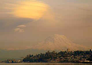 Mount Rainier over Tacoma WA | by SeattleJack