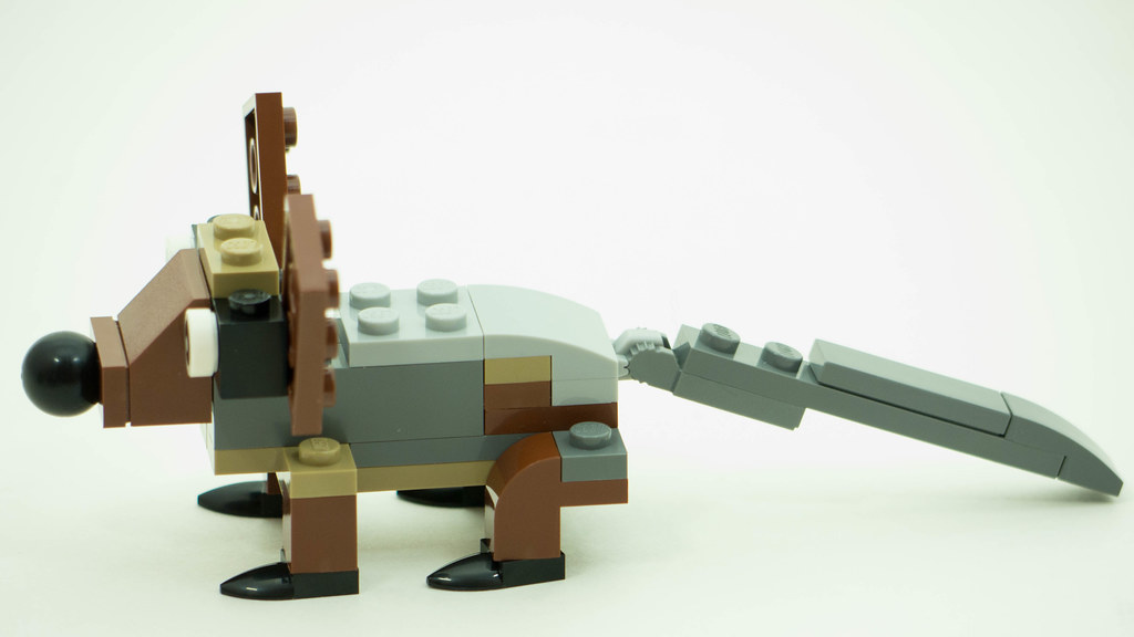 Christmas Build Up 2016 Day 11 MOC Side.jpg