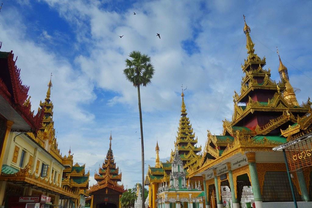 Myanmar - Yangon Shwedagon Pagoda