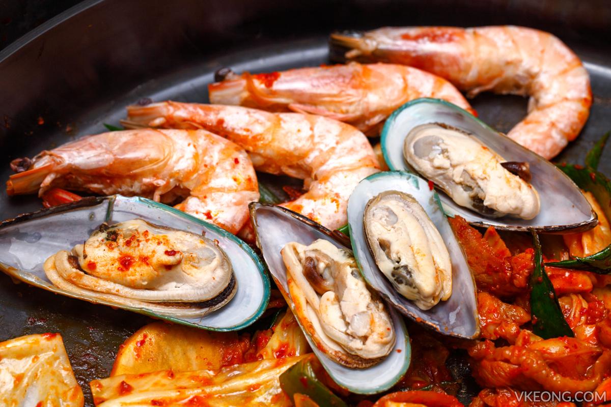 Yoogane Dak Galbi Seafood