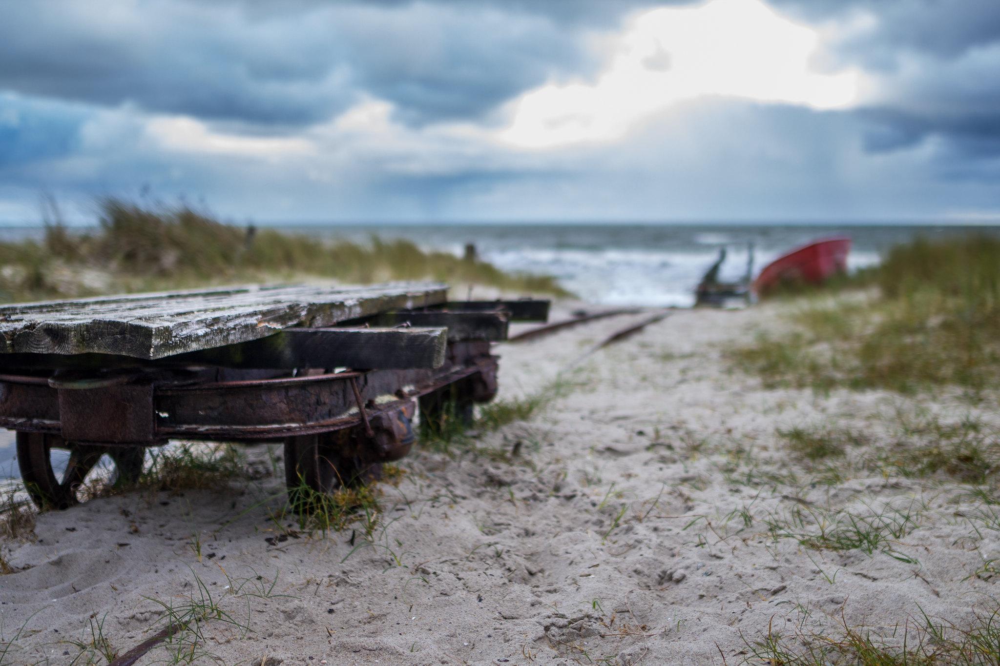 Railway into the sea