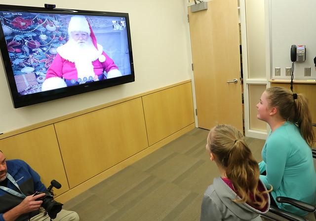 Santa's cyber visit (2016) - Penn State Children's Hospital