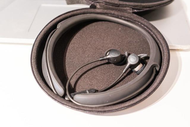 BOSE QuietControl 30 wireless headphones-9.jpg
