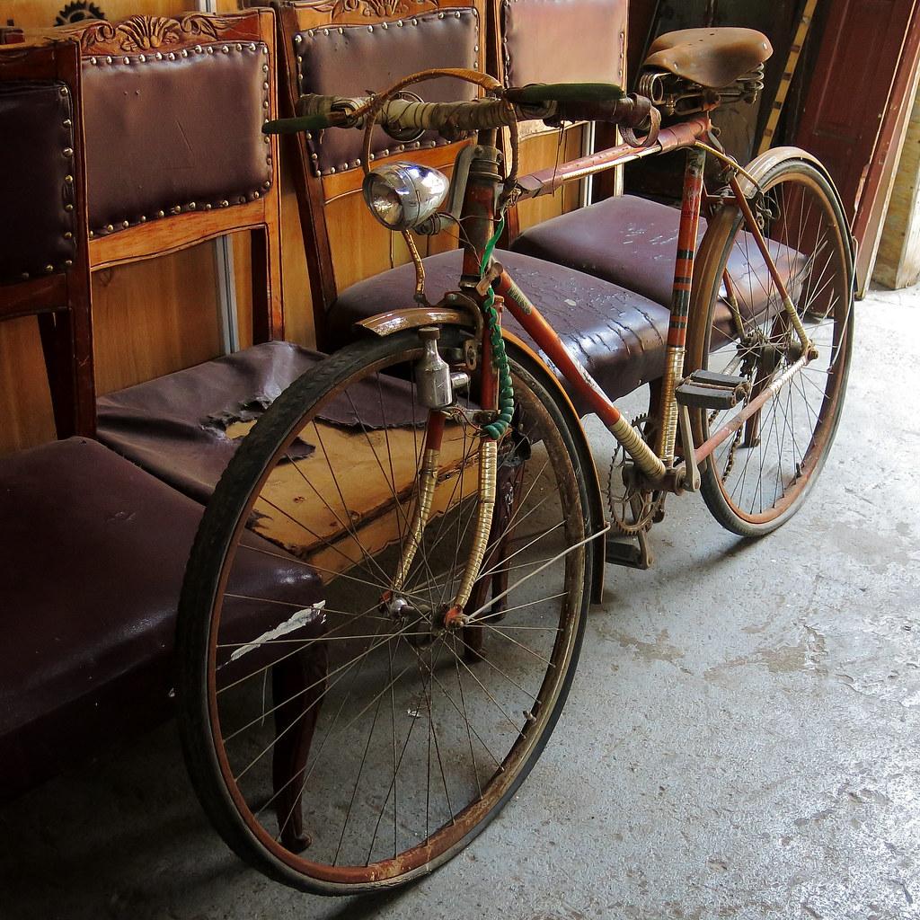 Antigua bicicleta (Persa Biobío)