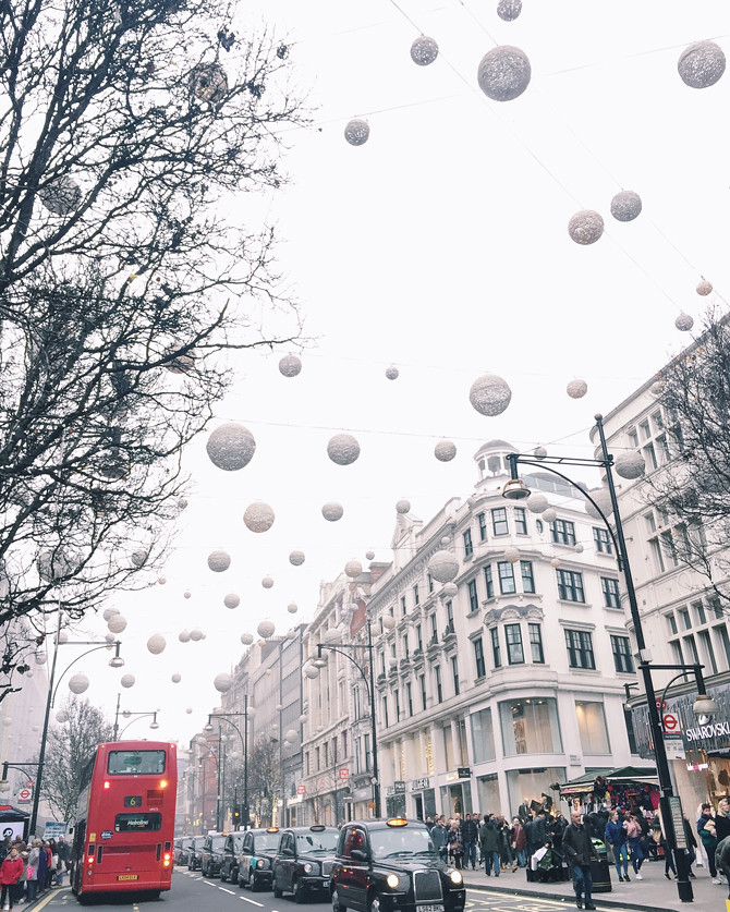 oxford street visiting london christmas travel guide