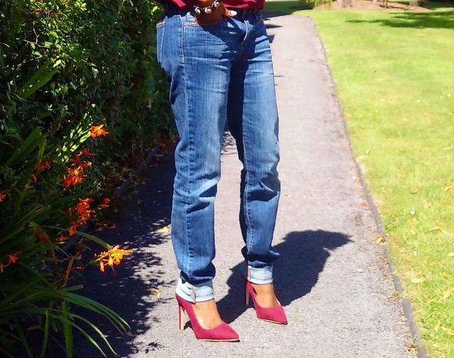 matchy-matchy-trend-with-boyfriend-jeans, burgundy top: F&F, indigo boyfriend jeans: Tk Max, burgundy heels: Matalan, burgundy top, burgundy heels, boyfriend jeans, indigo jeans, straight jeans, masai bracelet, maasai bracelet, bracelet, natural hair, twist out, natural hair style, matchy matchy