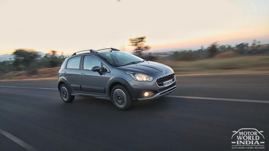 Fiat-Avventura-Urban-Cross-Front-Three-Quarter (10)