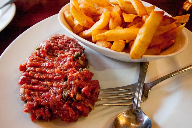 Steak tartare, frites ou haricots verts, LE SEVERO