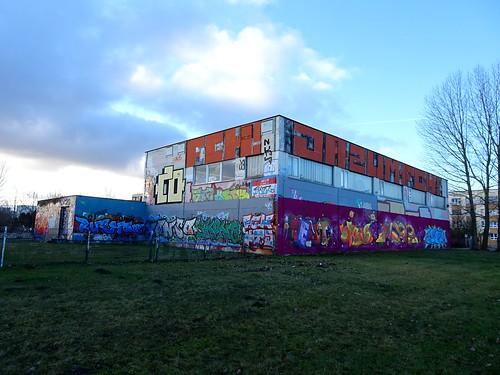 Sporthalle Bruno-Taut-/ Walter-Butzek-Straße