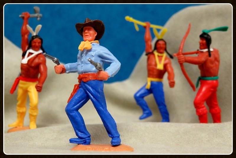 Toy soldiers, cowboys, indians, space men etc 31132630903_8f9b084e7d_c