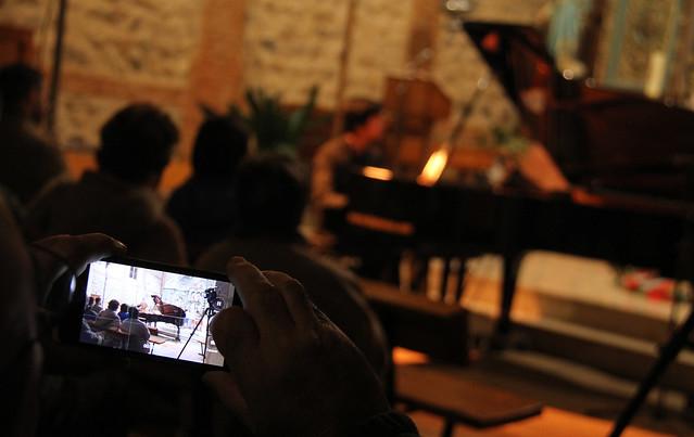 SONIDOS DE INVIERNO - MÚSICA EN NAVIDAD - JORGE NAVA, PIANO - BARRILLOS DE CURUEÑO 26.12.16
