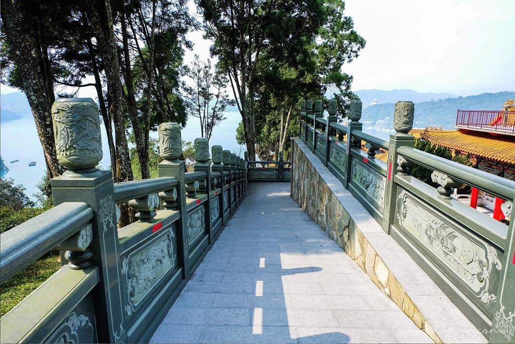 sun-moon-lake-view-wenwu-temple