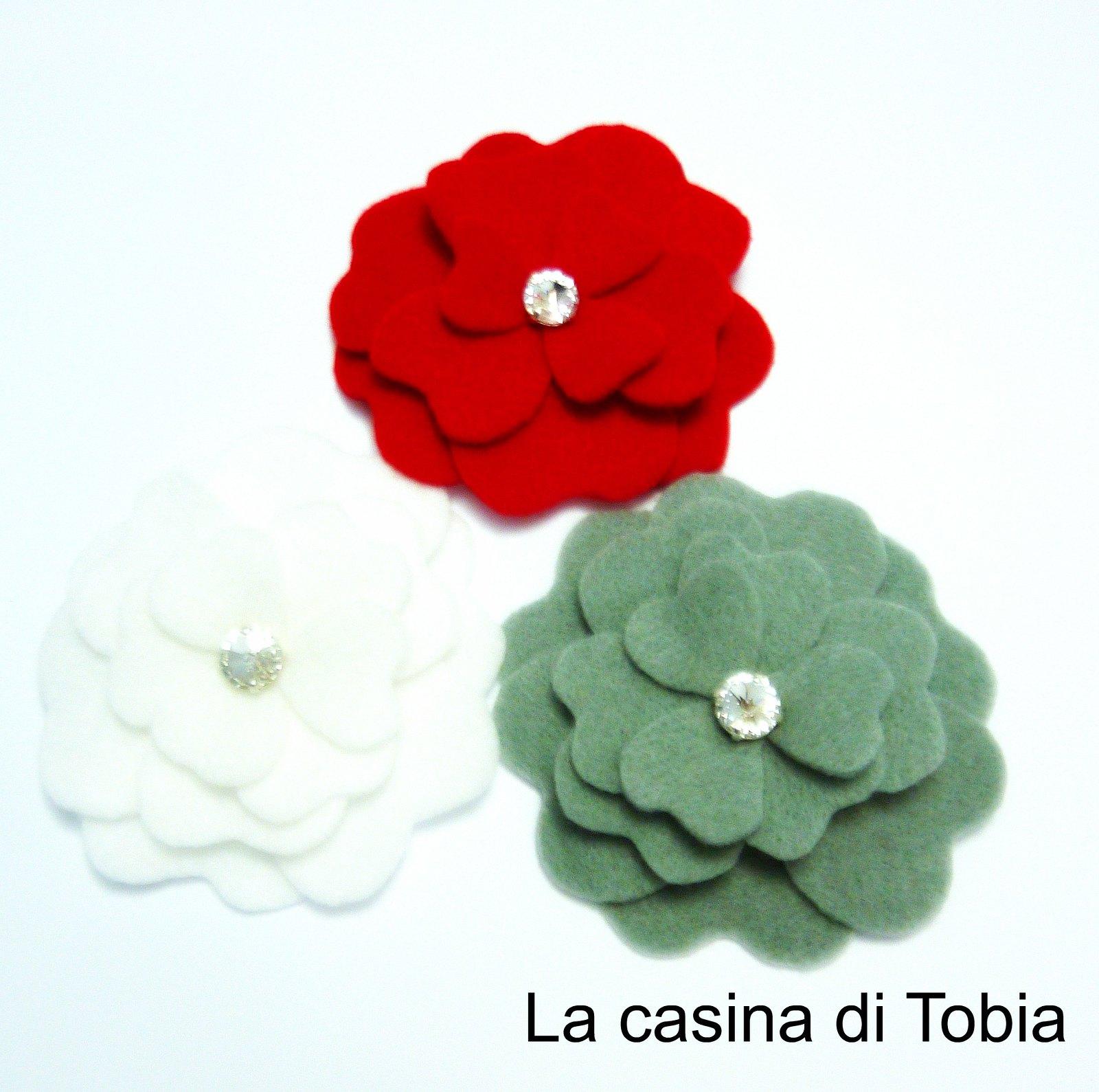 Spille feltro peonia handmade by La casina di Tobia