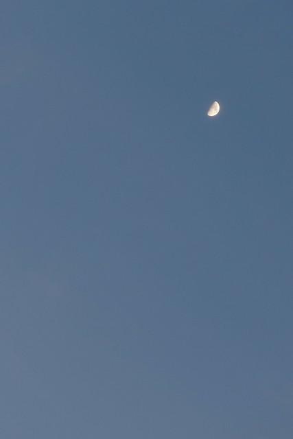 Odawara sky & moon from Odawara castle tower 29