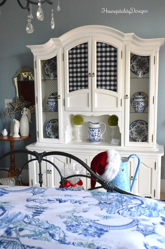 Blue and White-Guest Bedroom-Christmas-Housepitality Designs