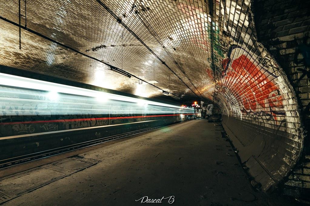 [Station famtôme] Champs de Mars 31626144151_b0ee37ddde_b