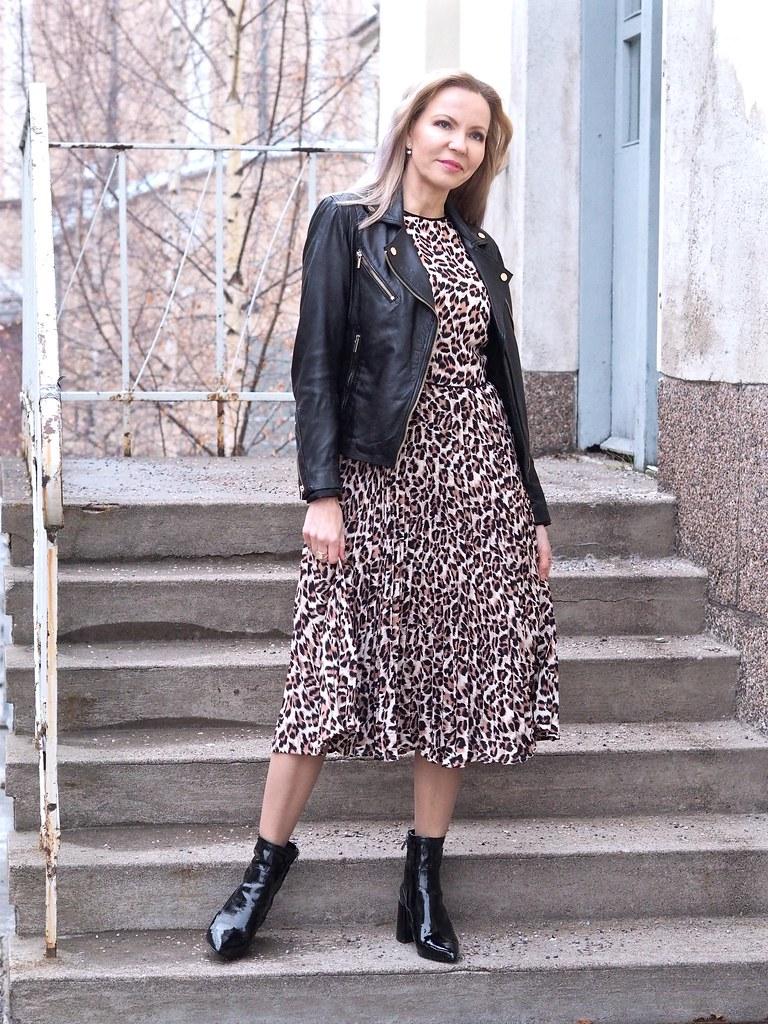 Animal print Oasis dress