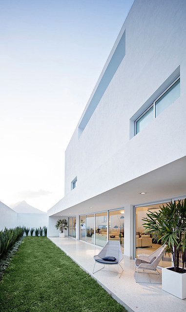 A modern Mexican residence Domus Aurea 5