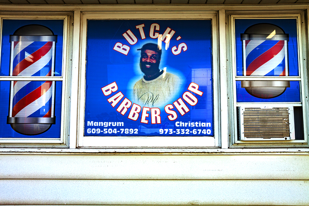 BUTCH'S BARBER SHOP--Woodbury