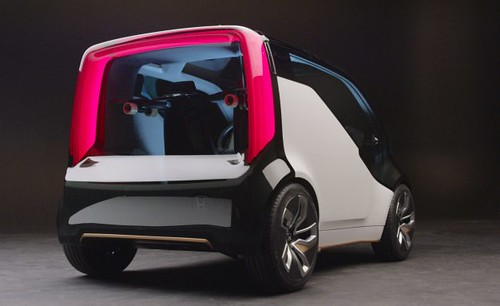 Honda NeuV Concept Autonomous Electric And Self Balancing Motorcyle