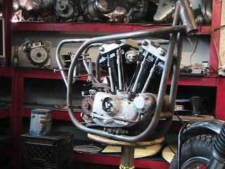 norton-featherbed-replica-frame-w-right-shift-harley-motor-5