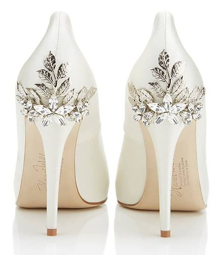 White Wedding Shoes For That Special Wedding Day