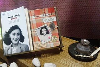 Noicattaro. Mostra Anna Frank front
