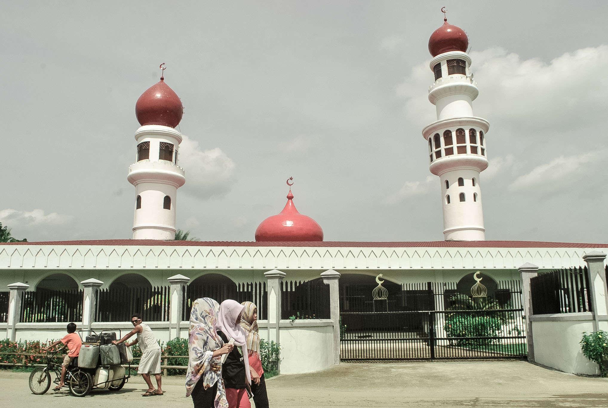 zamboanga city TALUKSANGAY MOSQUE_3