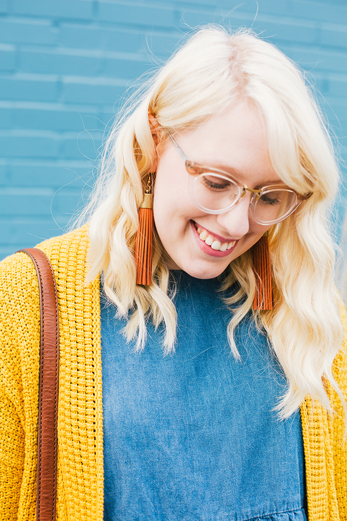 austin style blogger asos smock dress yellow sweater18