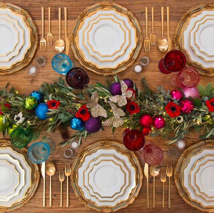Glam Gold Ornament Holiday Centerpiece | Classic Table Settings