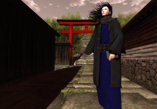 +HILU+kimono coat
