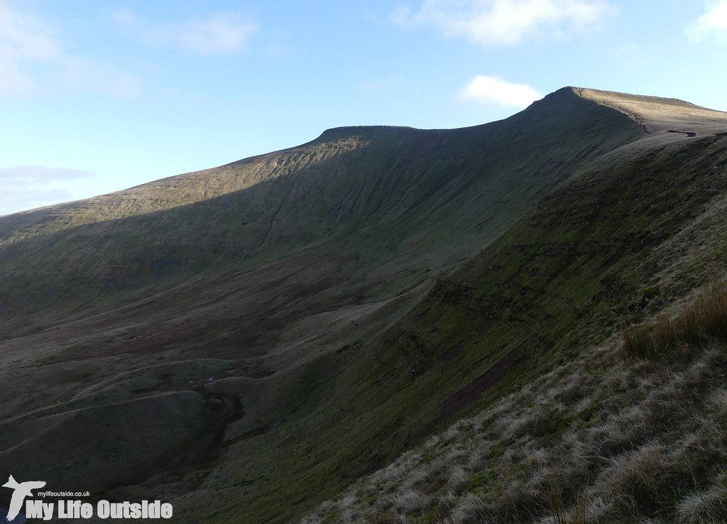 P1060118 - Pen y Fan, Boxing Day 2016