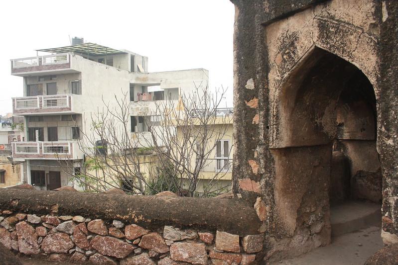 City Monument – Khirki Mosque, Opposite MGF Mall, Saket
