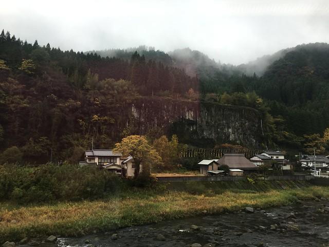 往由布院的JR,沿途風景已經有秋天的味道