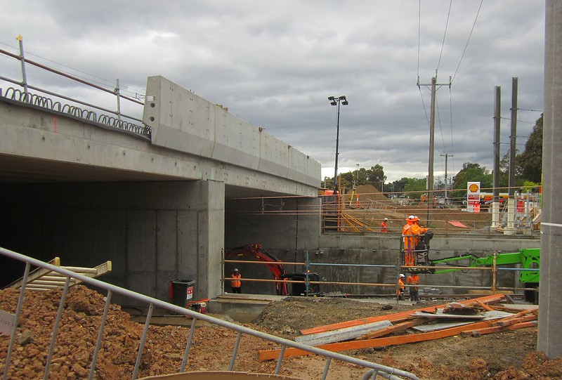 Bayswater level crossing removal project: Mountain Highway bridge