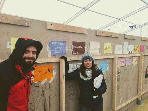 El maestro del Colegio Antonio Gala, Álvaro Oliver, en un campo de refugiados en Atenas