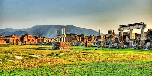 Pompeii Scavi Ruins Astrewn | by Stuck in Customs