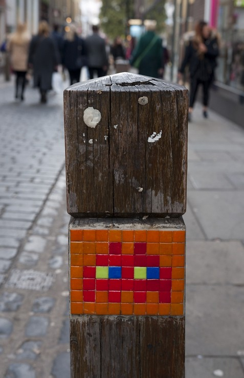 Reactivated Space Invader LDN_009