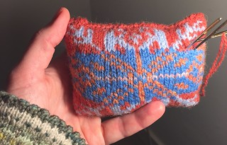 stranded pincushion with lavendel in it. I love darning needles! kerstzegelswap NKS Ravelry
