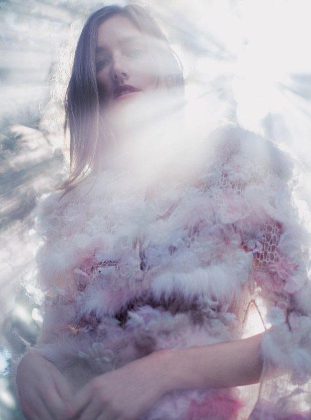 Josephine-Le-Tutour-Harpers-Bazaar-UK-Alexandra-Sophie-09-620x836