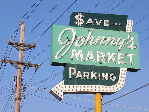 Johnny 39 s market st louis johnny 39 s market south st for Johnny s fish market