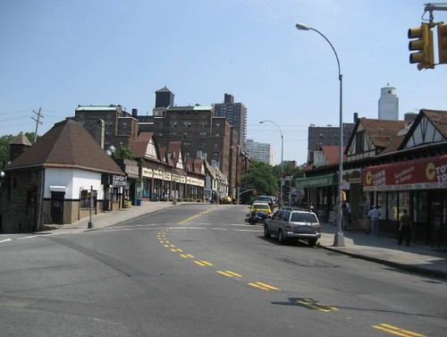 Lefferts Blvd Bridge with Retail Over Tracks, Forest Hills, NY