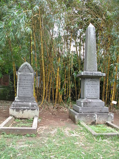 Mackay and wife grave