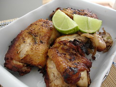 Chicken with rosemary and lime / Frango com alecrim e limão | by Patricia Scarpin