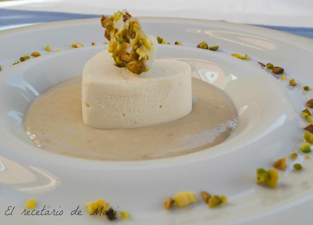 cremoso de turrón con salsa de castañas 4