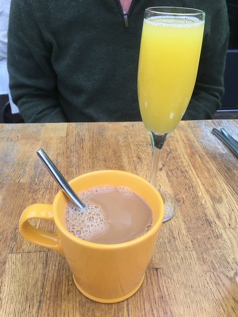Mimosa and coffee - Starbelly