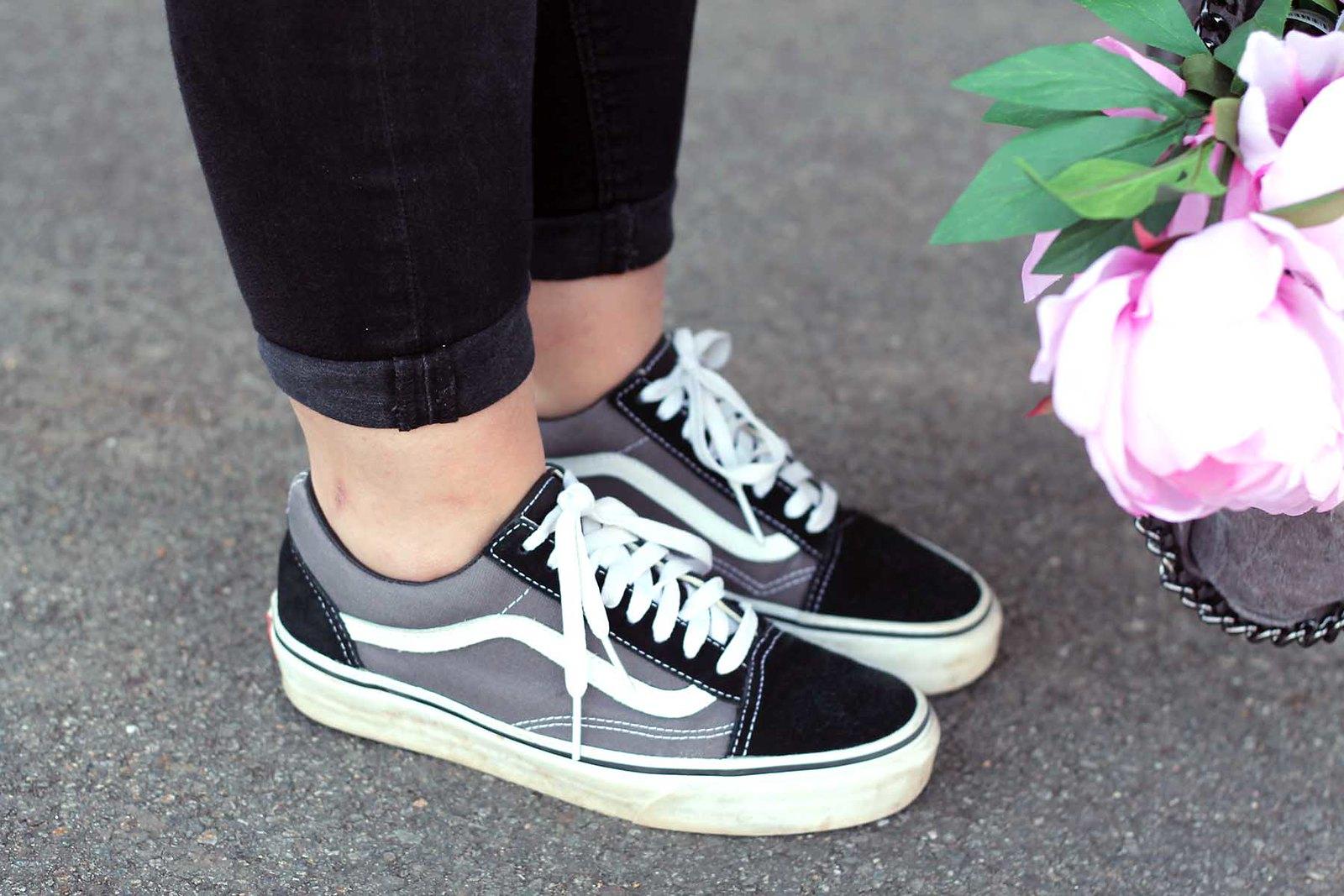 schuhe-sneaker-vans-schwarz-trend-look-outfit